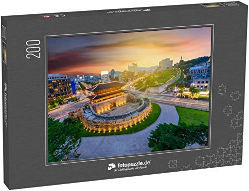 Puzzle 2000 Teile Dongdaemun Gate bei Nacht und Traffic in Seoul, Südkorea - Klassische Puzzle, 1000/200/2000 Teile, in edler Motiv-Schachtel, Fotopuzzle-Kollektion 'Asien'