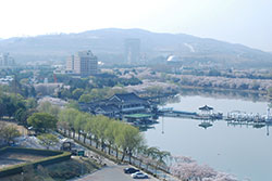 Bomun-Lake-Resort